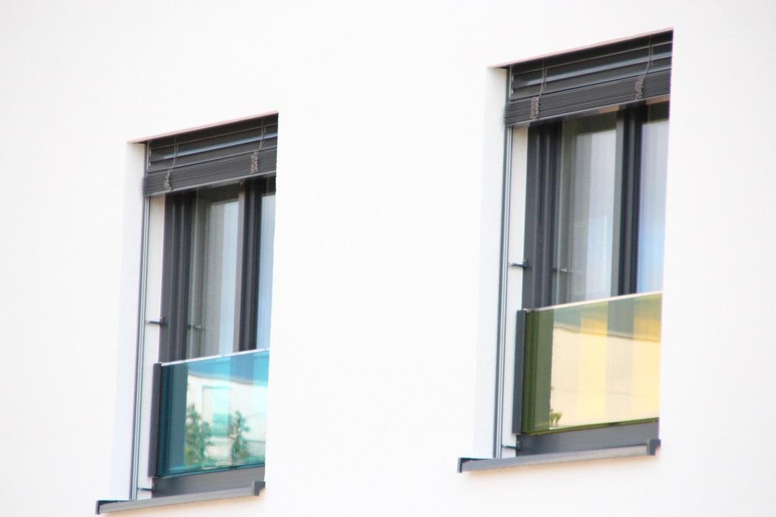 Glasgeländer, Glasbrüstung, franzöisischer Balkon aus Glas